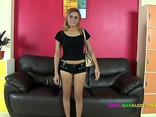 Thai girl provides sexual services to get the job