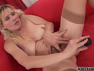 Ugly blond lady Dillon Day wins a stiff hot and tasty lollicock for a blowjob