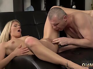 Old granny threesome and daddy does his xxx She is so spectacular in this short skirt - Claudia Mac