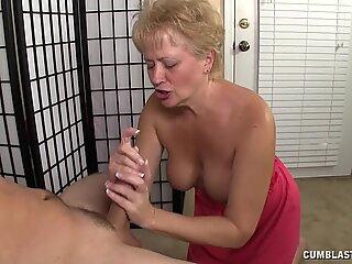 Busty Housewife Needs Semen - Housewife Kelly