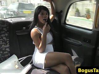 Ebony taxi brit cumsprayed by cab driver