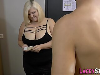 Buxom granny gets drilled