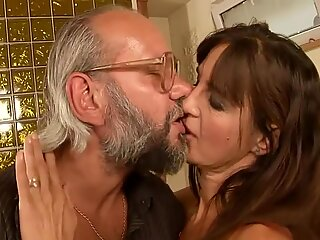 Older love-making with sex hungry milf