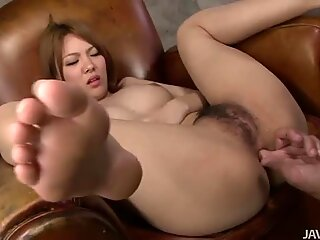 Crummy japanese slut Rei gets finger drilled and dildo fucked