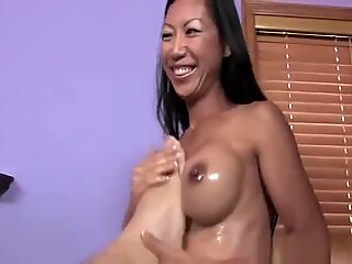 Tia ling in hot massage