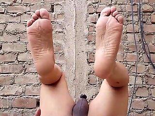 Mostrando mi cuerpo desnudo...unico estilo de exibicion en xvideos...