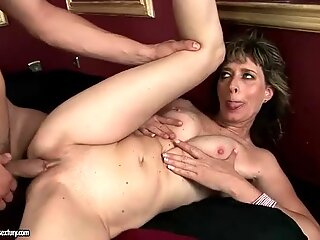 Young muscular man fucking hot mature bitch