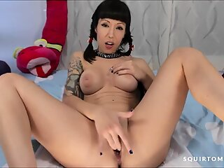 Teen Asian Maid CREAMY Squirting Pussy Sound So WET